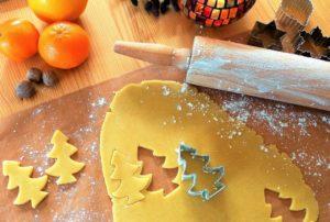 Koekjesdeeg met kerstboom vormpje